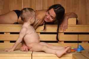 мама с папой учят дочь и сына ебатся